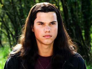 hell no the guy that plays jacob now(taylor laurent)is way better he has the sexy appeal for a werewolf will to play one anyway
