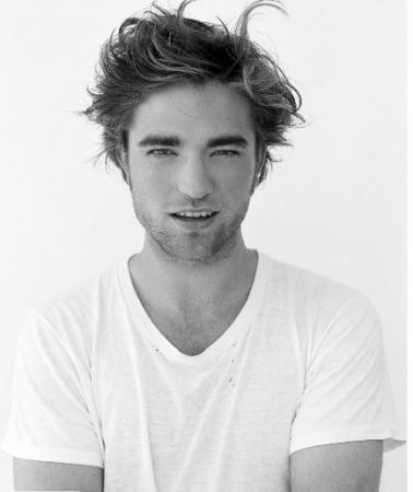 Westwick  Robert Pattinson on Robert Pattinson And Ed Westwick   Robert Pattinson Vs Ed