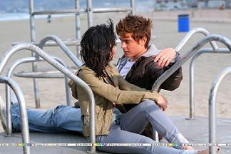 whene did zac 1st meet vanessa?