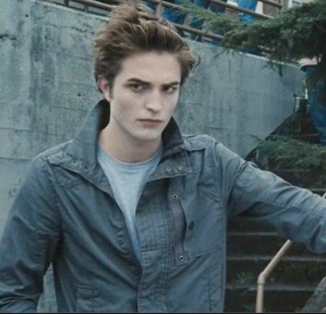 Definitely like Edward, and that's one of the reasons why i like the buku so much ^^ I'm faithful, caring, romantic, etc... and kinda weird LOL