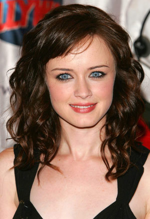 No! I think that Alexis Bledel should have been Bella! Don't you think so?
