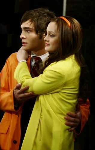 I have no idea what I'm going to do without a new episode coming out every week, it is going to be so sad =( but at least there is a season three because if there wasn't i don't know what i'd do!!!! here is image 3 of chuck and blair they are so cute!