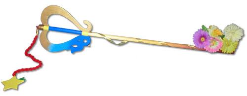 kairi can use thekeyblade because she has a stron hati, tengah-tengah and has no darkness