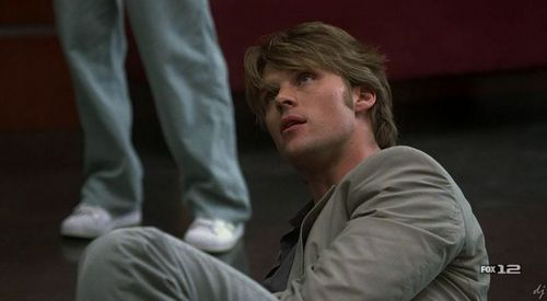 They are here http://www.jessespencer.net/ click on galleries than house galleries season 3 and than episode 9 Finding Judas Gallery.They are also here http://www.fanpop.com/site/go?url=http://community.livejournal.com/house_md_caps Here is one