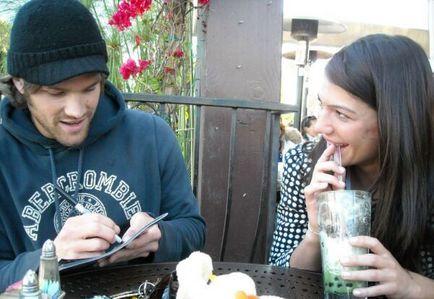 ☆ Baby bump - Jared Padalecki & Genevieve.