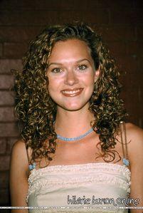 Hilarie Burton Natural Hair Color