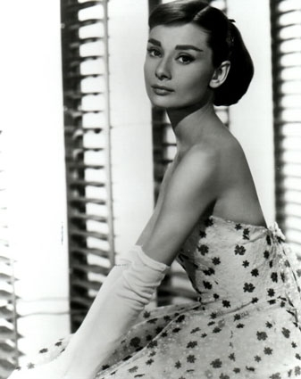 [b]HAPPY BIRTHDAY, AUDREY!!!![/b]  she&#39;d 80 today if she was still alive... audrey, we all love you<3
