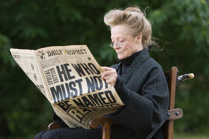 McGonagall reading The Daily Prophet :D