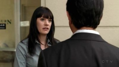 "That wuld be episode 3x17 ""In Heat"" I remember that scene very well! Talking about det. Lamontange :D"