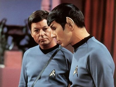 4.The friendship between Doctor McCoy and Spock even if they argue all the time!!!!