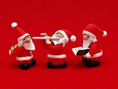 Q - Queue of Santa's lol !!!