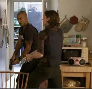 Here we go...Reid and morgan strutting their stuff!! Now I'd like to see Reid eating/drinking someth