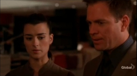 I would like a picture of Ziva's gut shot to Tony :)