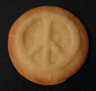 lol...I eats a peace cookieXD