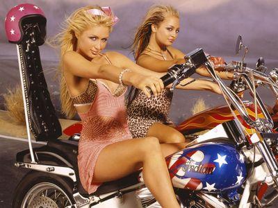 [url=http://lyrics.celebrity-pictures.ca/artist/paris-hilton.html]Paris Hilton[/url] launched the Mid