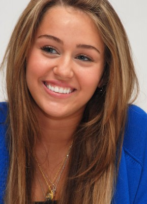 What would u do if Miley Got Killed? What would u do if she got kiddnapped? What would u do i