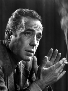 Today I watched The Maltese बाज़, बाज़न to celebrate Humphrey Bogart's birthday (December 25, 1899) and ha