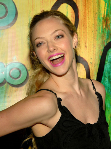 Amanda Seyfried wallpaper titled Amanda @ HBO's Emmy Awards After Party