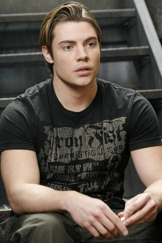 Josh Henderson wallpaper called Desperate Housewives S3 Still
