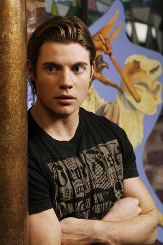Josh Henderson karatasi la kupamba ukuta possibly containing a sign called Desperate Housewives S3 Still