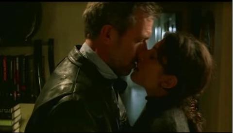 Joy Kiss: Photo 2