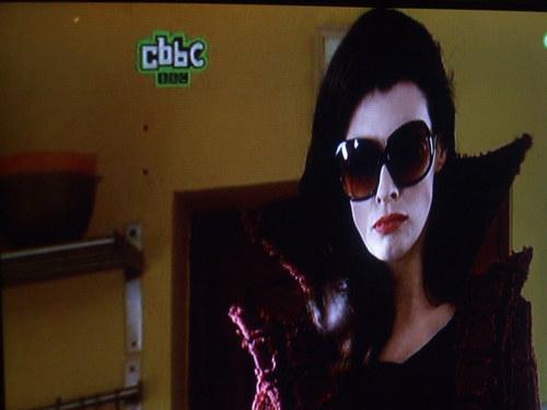 Young Dracula 바탕화면 entitled Magda