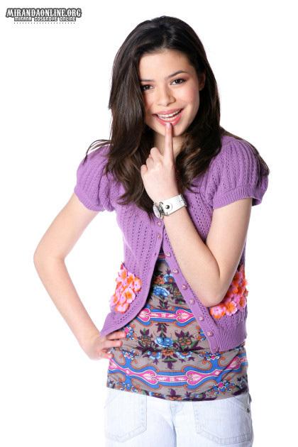 2011 carly Miranda-miranda-cosgrove-2677361-420-630.jpg