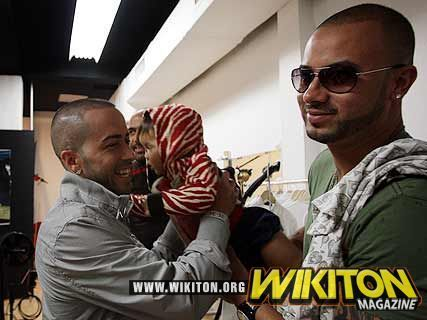 Wisin y Yandel দেওয়ালপত্র probably containing a business suit entitled Wisin y Yandel