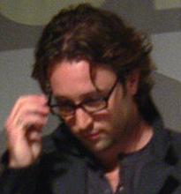 Alex O' Loughlin
