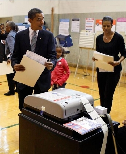 Barack and Michelle Vote