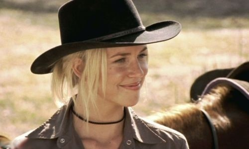 Becky Howard :) - mcleods-daughters Photo