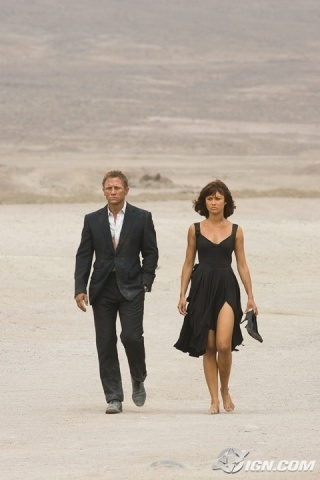 Daniel Craig Bond cine fondo de pantalla entitled Bond