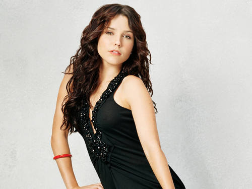 Brooke Davis/Sophia semak, bush wallpaper