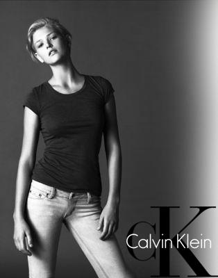 Calvin Klein - Samantha