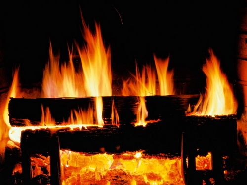 Christmas wallpaper titled Crackling Fire