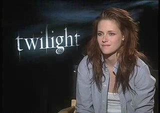 Extra Kristen Junket Interview