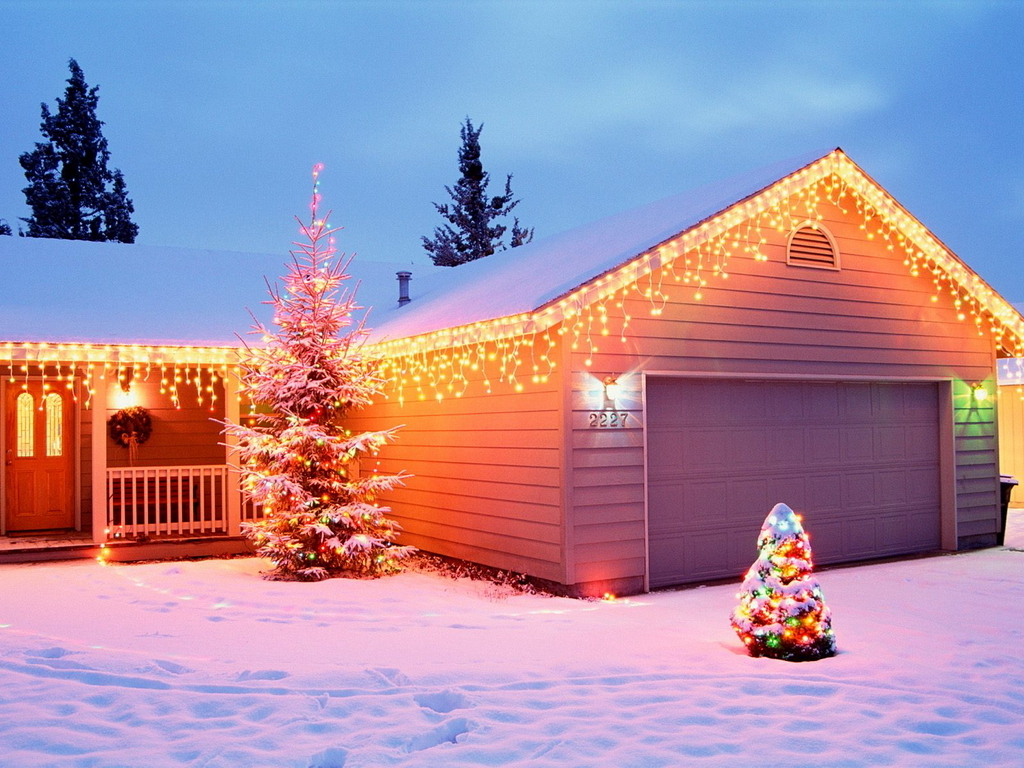 Holiday home christmas wallpaper 2735371 fanpop for Wallpaper home photos