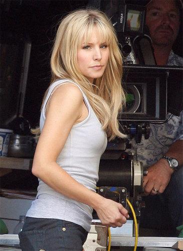 "Kristen loceng on Set of Heroes ""S3"""
