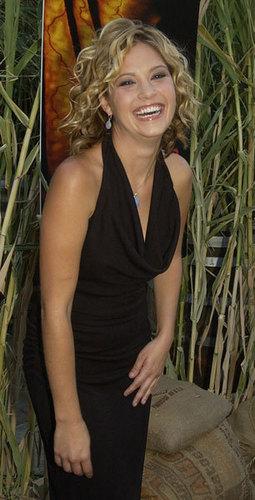 Nicki Aycox (Meg)