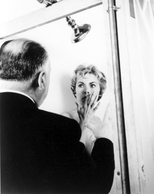 shower scene from psycho Tony curtis, leigh's husband at the time, claimed in his autobiography that psycho's success, and the fact that all anyone wanted to talk to her about was the shower scene, drove his wife to drink.
