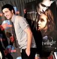 Robert Pattinson [Planet Hollywood Appearance] - twilight-series photo