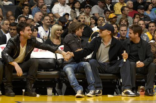 Adam, Zac, Leo & Kevin enjoy the Lakers