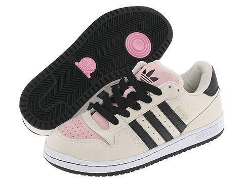 Adidas 壁紙 with a running shoe entitled Adidas Shoes