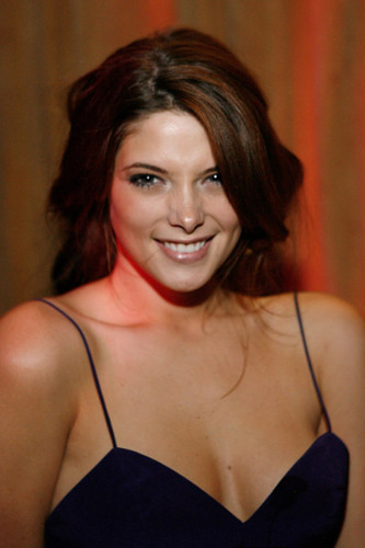 Ashley Greene wallpaper titled Ashley