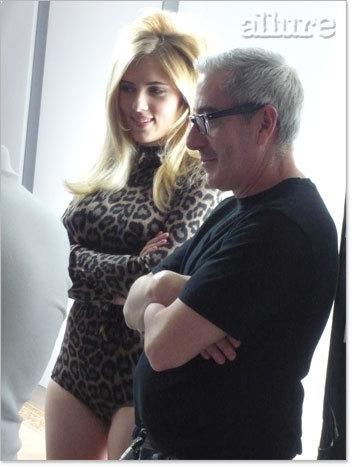 Behind-the-scenes of Scarlett Johansson's 'Allure' shoot (December '08)