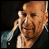 JOHN ✘ et si on prenait deux minutes pour dialoguer ? Bruce-Willis-as-John-Mclane-in-Die-Hard-4-0-bruce-willis-2813910-100-100