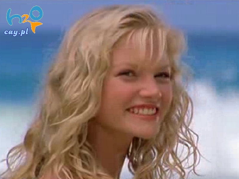 http://images2.fanpop.com/images/photos/2800000/Cariba-Heine-as-Rikki-cariba-heine-2878205-800-600.jpg