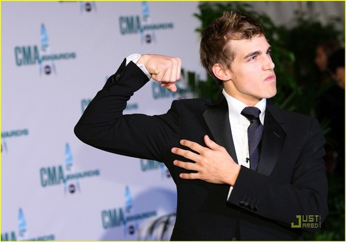 Cody @ the CMA's - cody-linley Photo