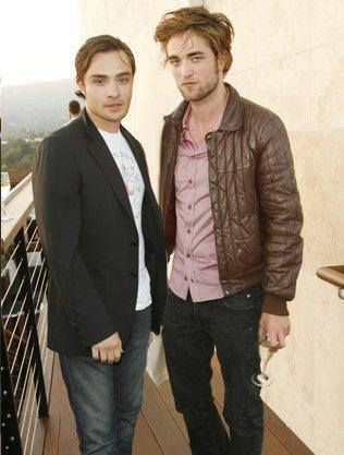 Edward Cullen & Chuck باس, گھنگھور