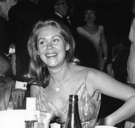 Elizabeth At The 1966 Emmy Awards